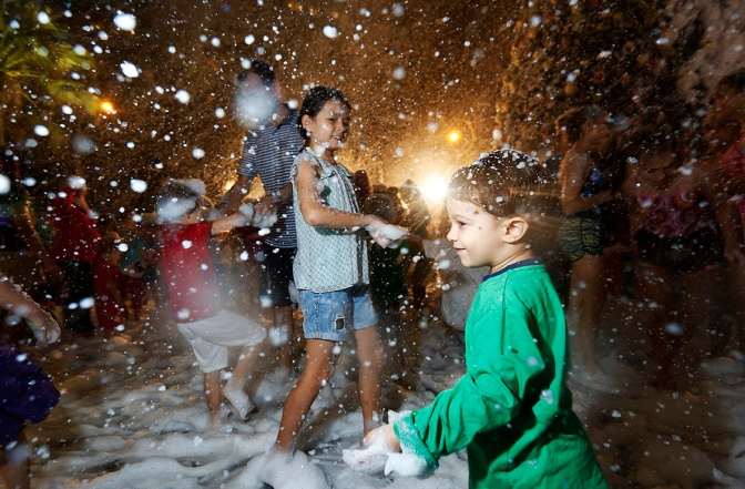 5 Ways to Get Into The Christmas Spirit in Singapore